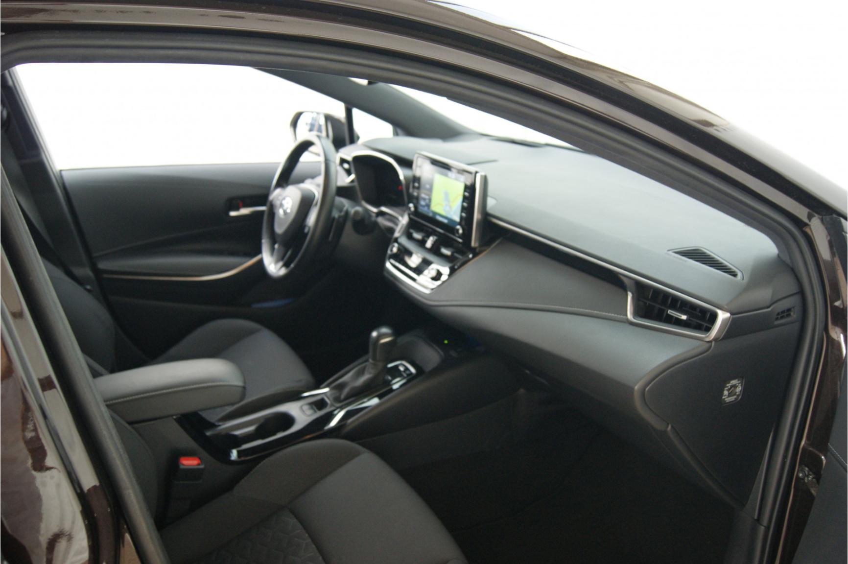 Toyota-Corolla-14